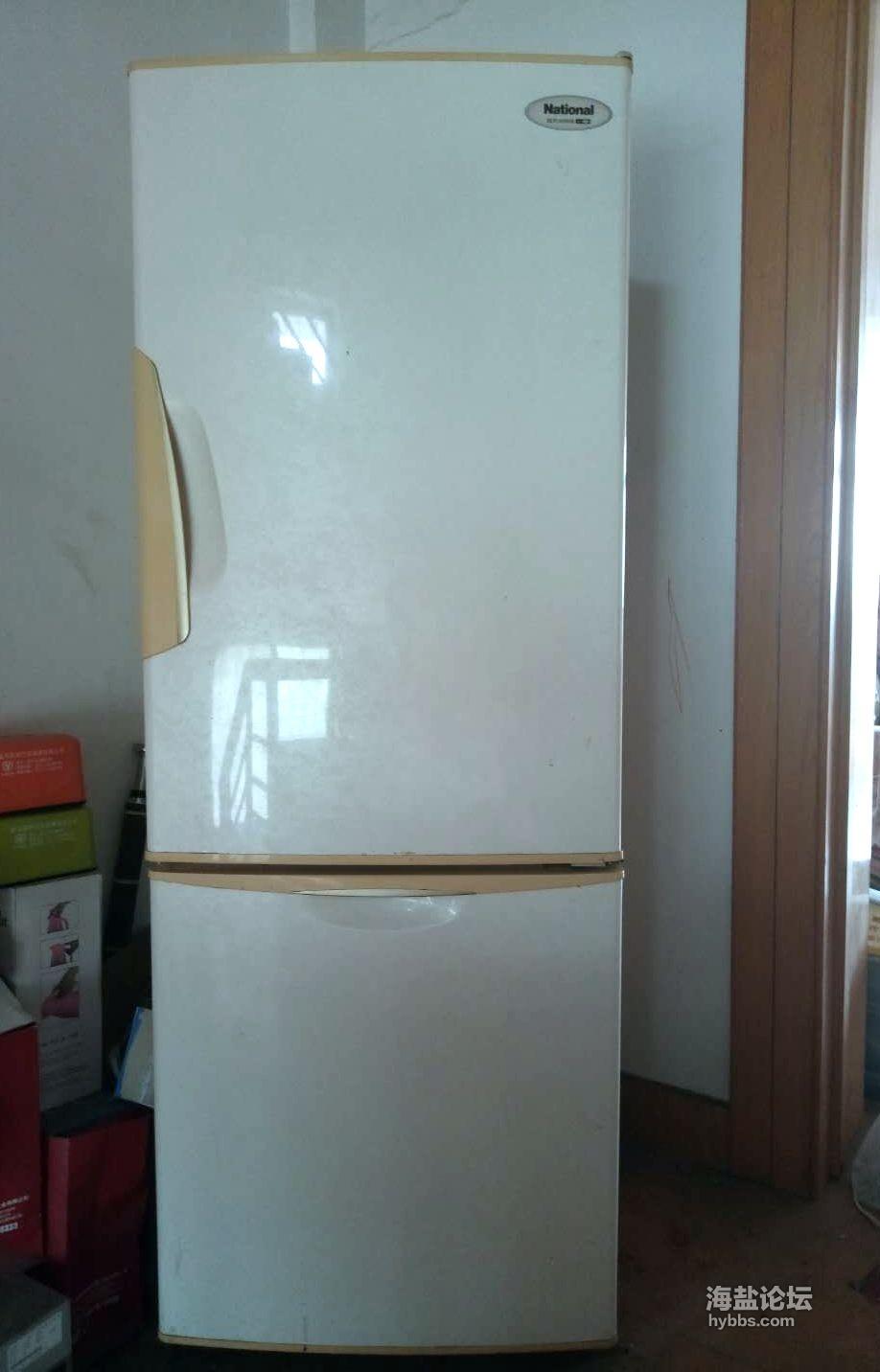 松下230升电冰箱,成色很新